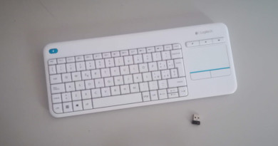 Logitech K400 Plus – Comodissima Tastiera Wireless con Touchpad integrato